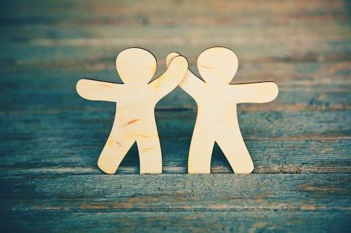 Entrepreneurs build relationships